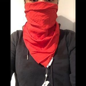 Red textured face mask / scarf / bandana